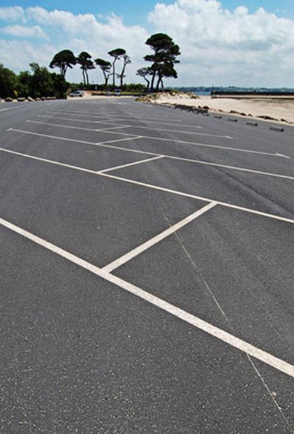 commercial-parking-lot-services